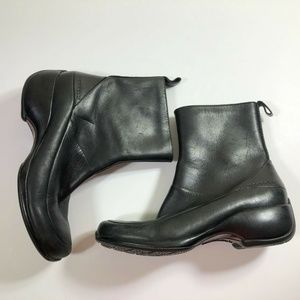 Merrell Spire Zip Black Leather Ankle Boots 6
